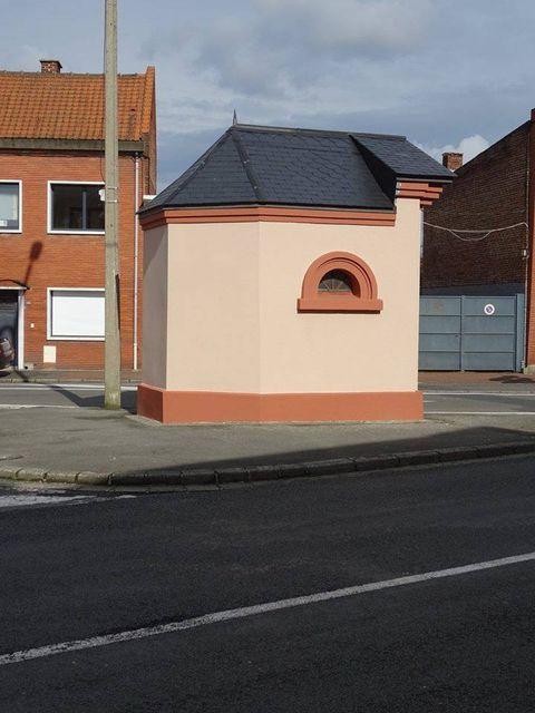 henin et ses chapelles